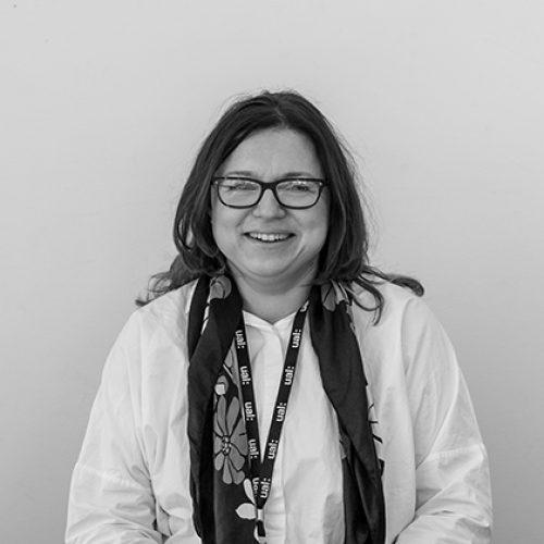 Black and white portrait of Veronika Kapsali