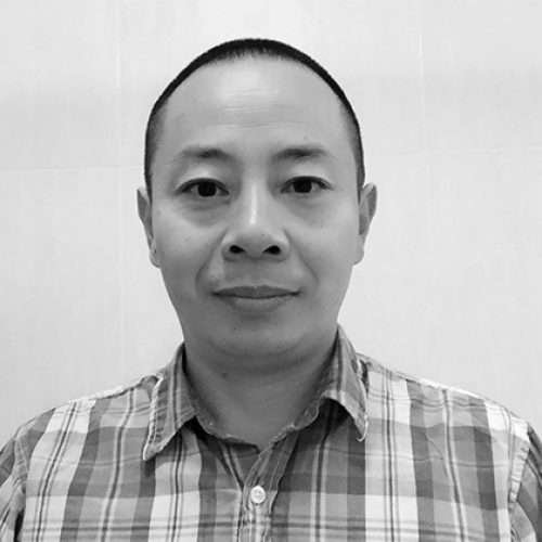 Black and white portrait of Haixue Yan